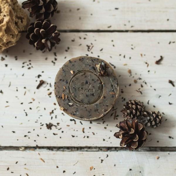 Gommage noyau d'abricot et chaï